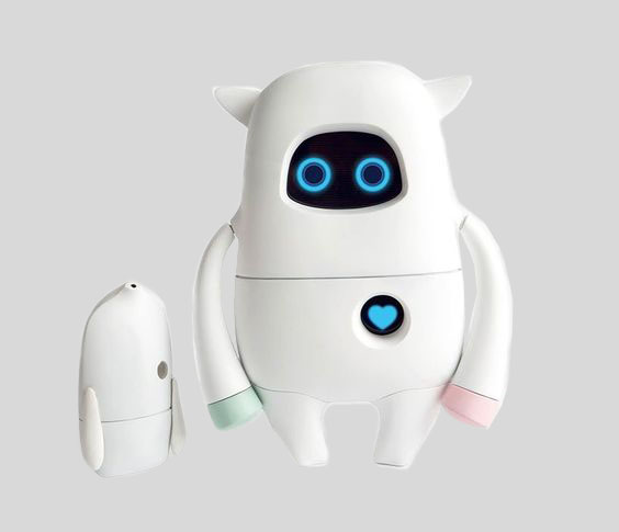 基于互联网大数据的陪伴机器人及其工作方法