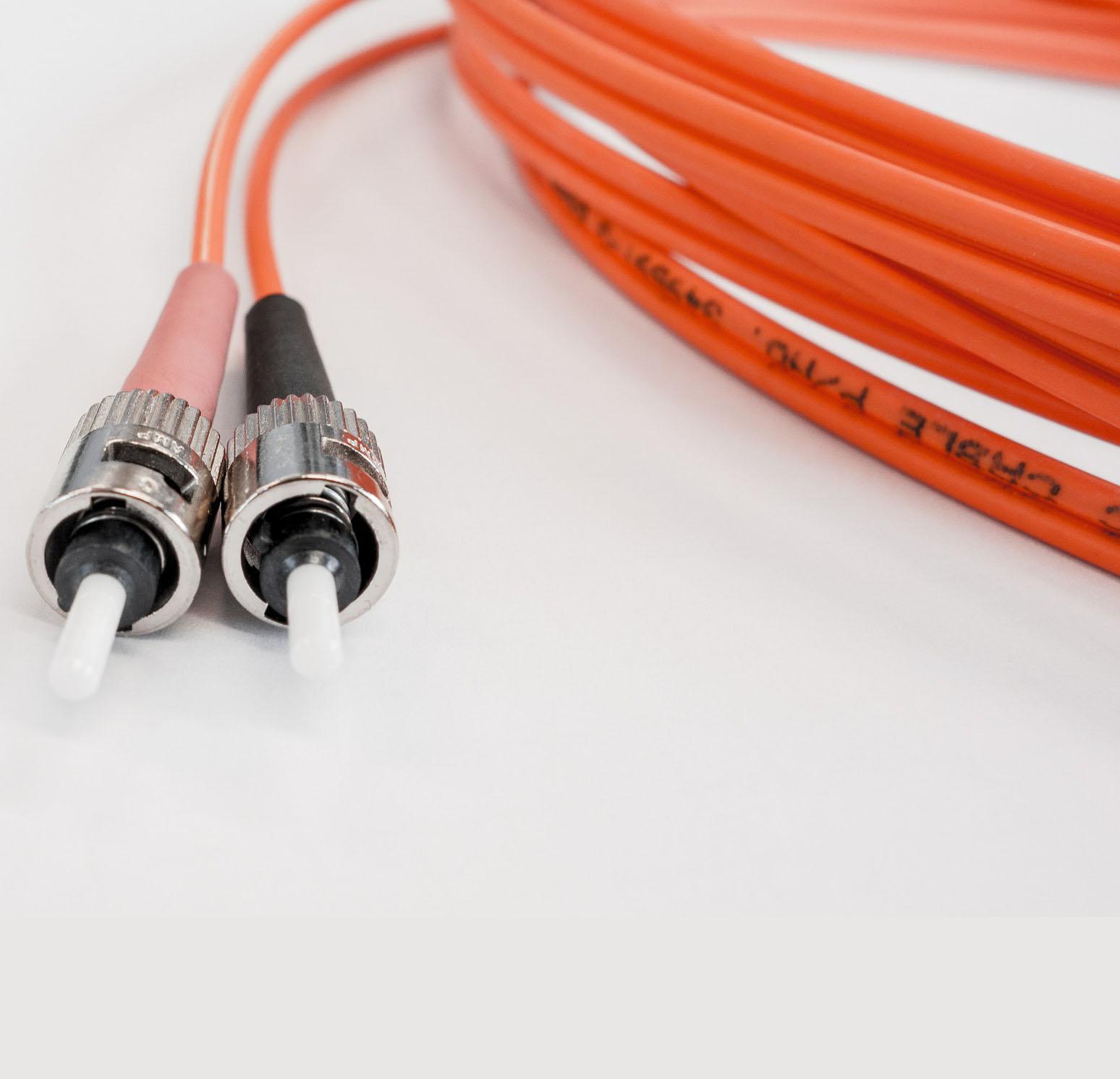 一种光纤光栅信号解调装置及解调方法